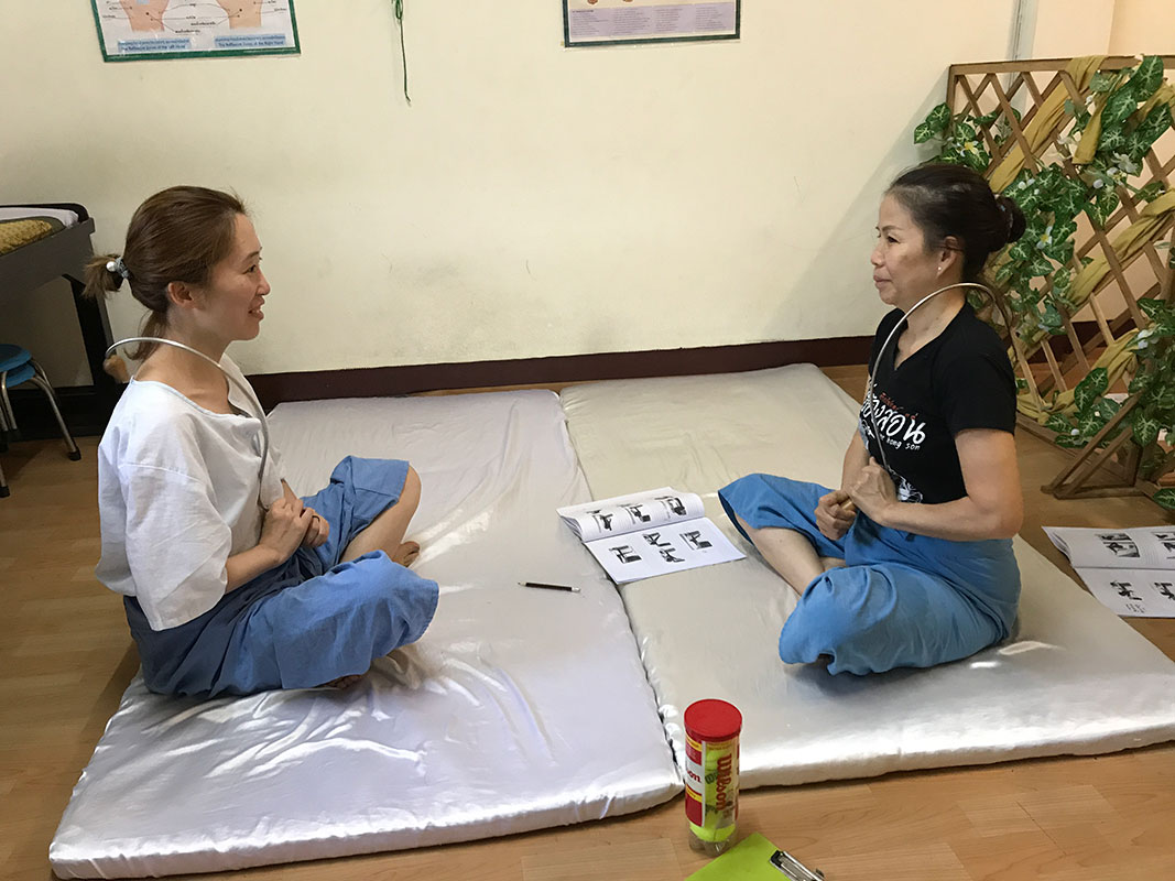 Learn to Massage Yourself in Thailand